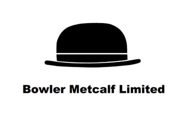 Bowler Metcalf battens down the hatches