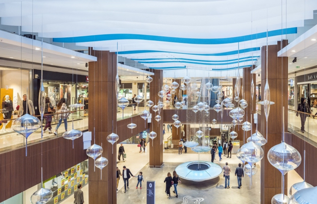 Hammerson goes shopping in Paris
