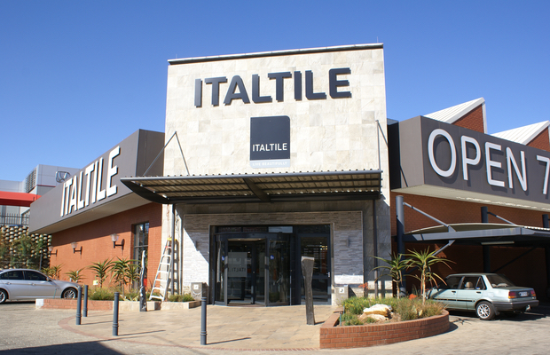 Italtile defies the slowdown