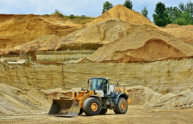 Murray & Roberts wins North American mining contracts