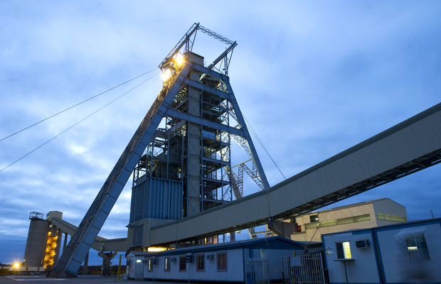 No strikes as platinum sector reaches wage accord