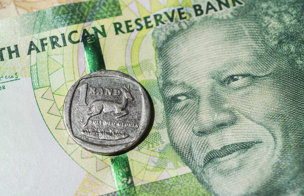 Rand rallies to best level since 2015