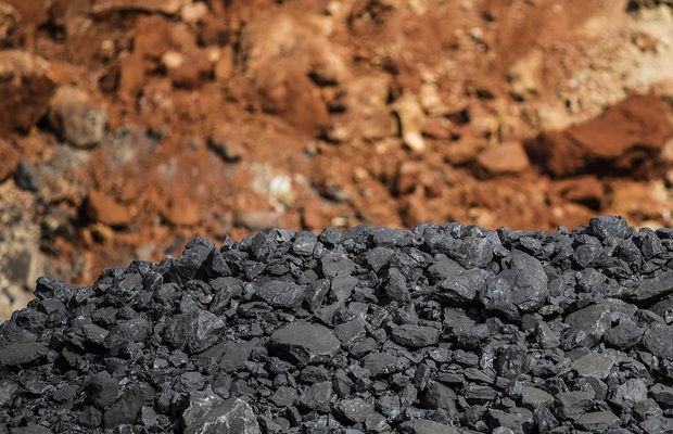 South32 close to wrapping up coal sale