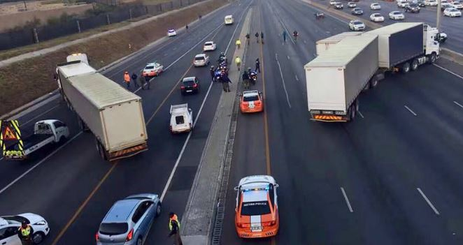 Thousands left stranded by Johannesburg taxi blockade